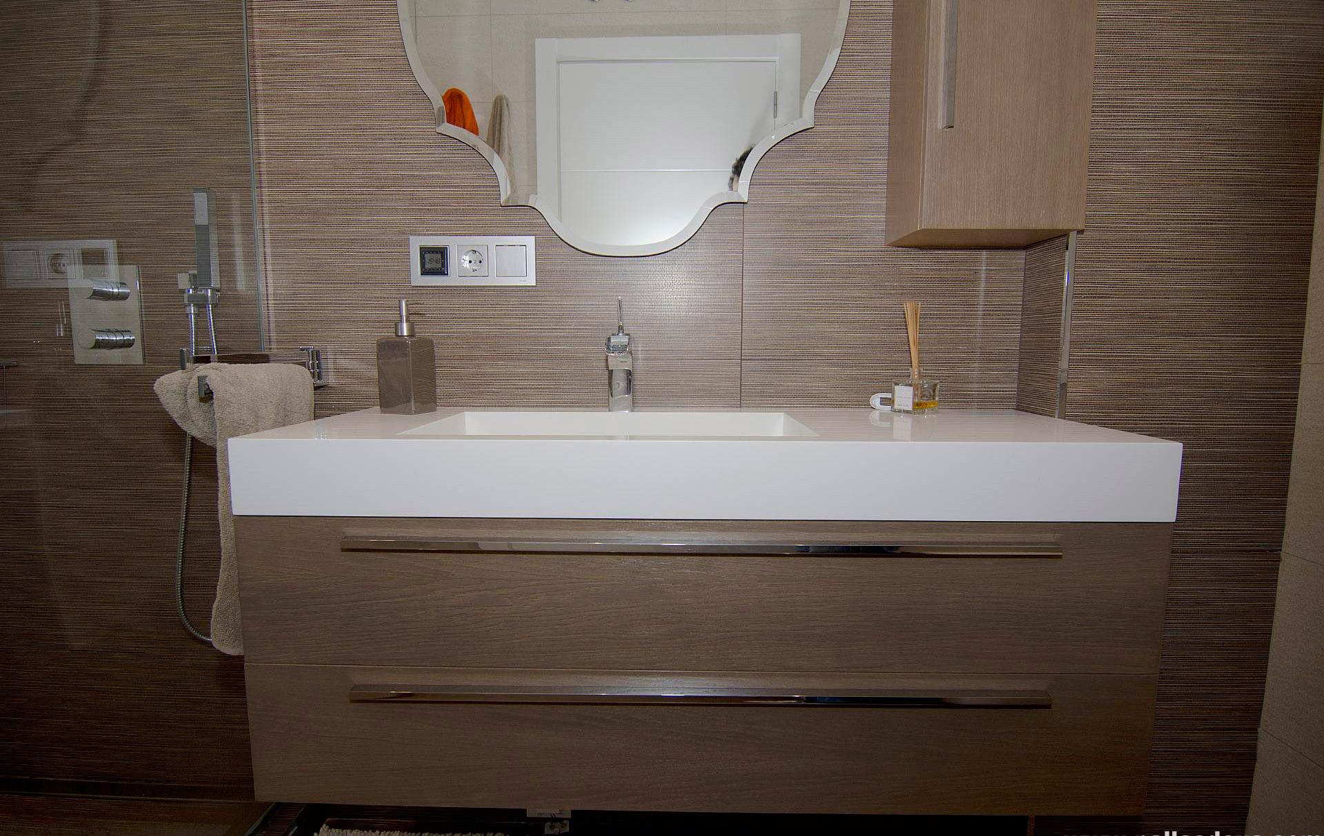 Muebles coru a puertas vestidores muebles de cocina for Muebles usados coruna
