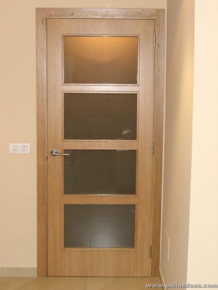 Proyecto obra nueva montrove oleiros for Ver puertas de interior