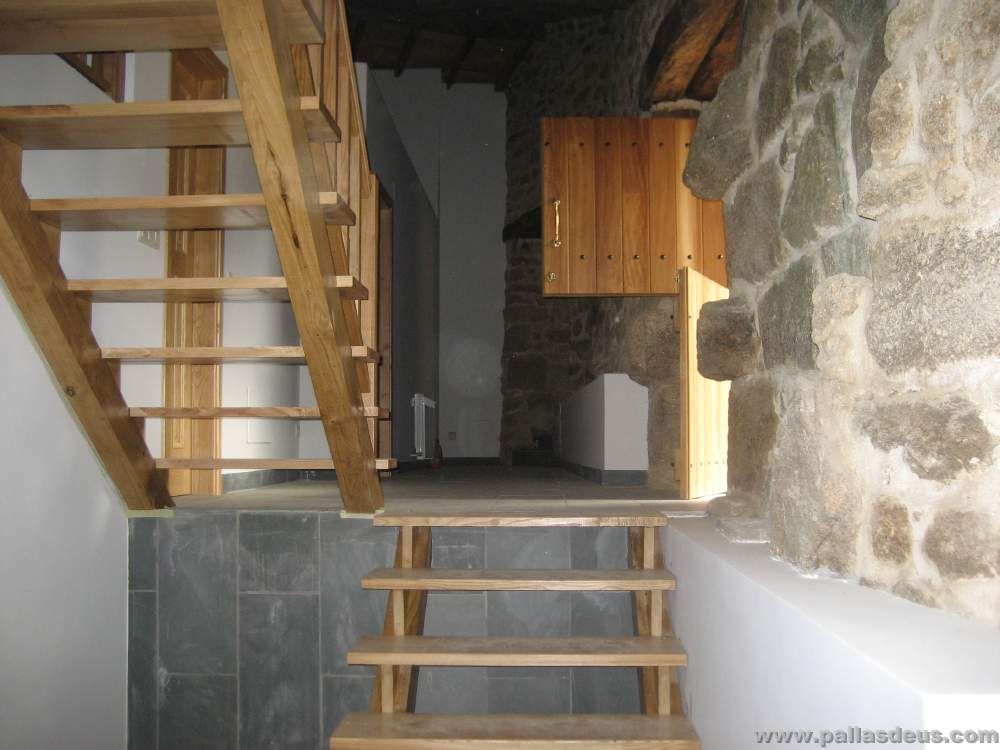 escaleras de madera puertas rsticas interior