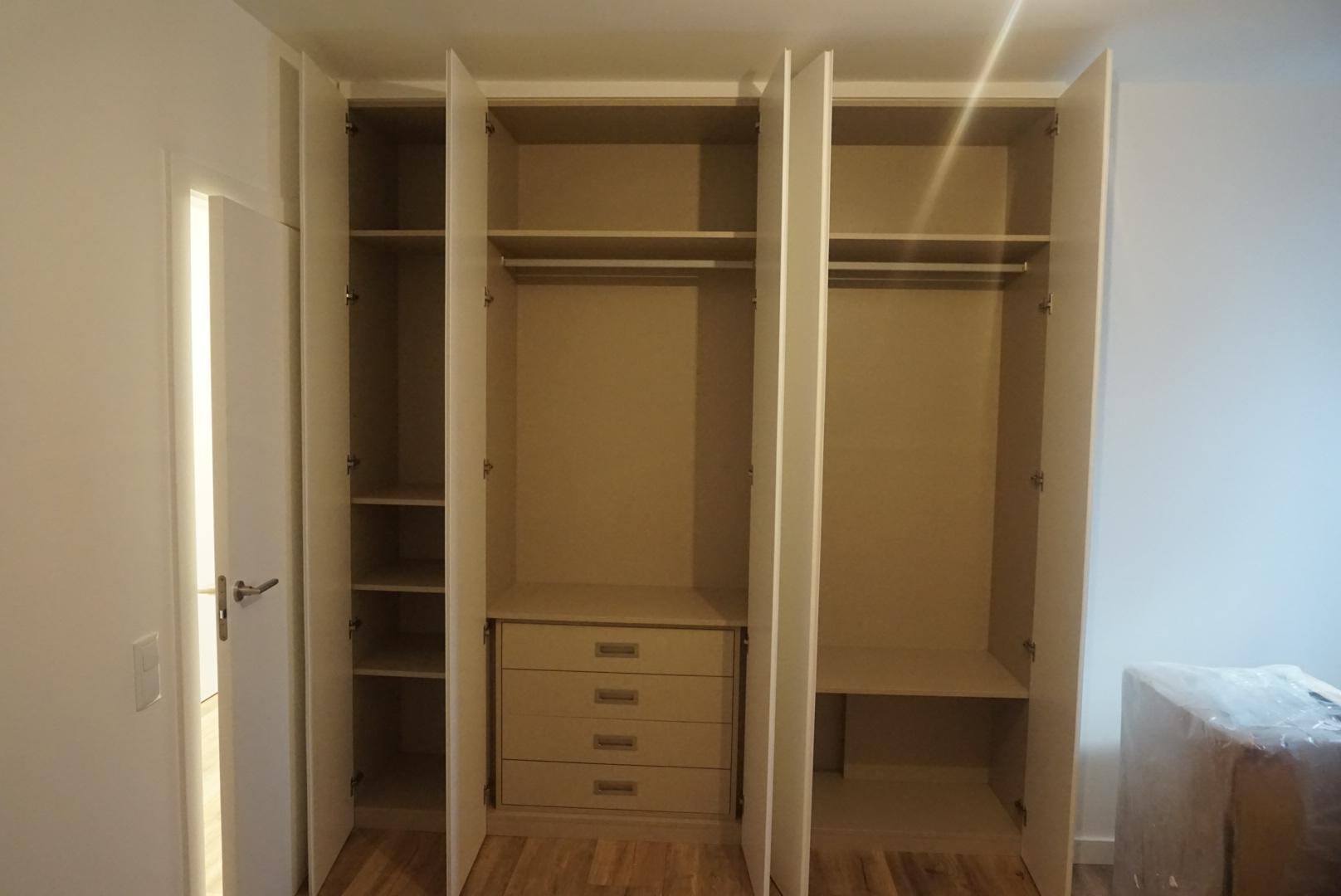 Fotos armarios empotrados modernos cheap great puertas - Fotos armarios empotrados modernos ...