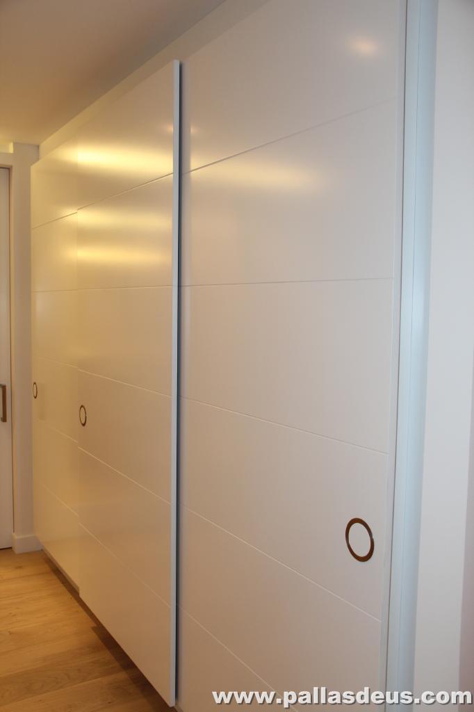 Puertas correderas lacadas en blanco materiales de - Puertas lacadas en blanco ...