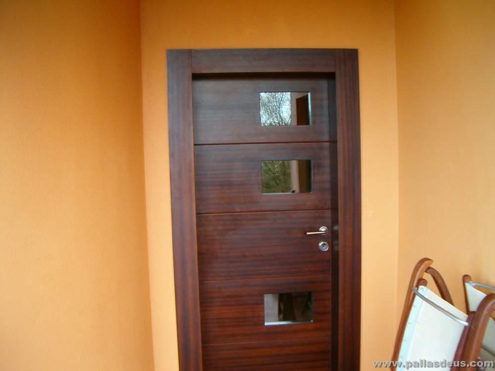 Puertas de entrada a coru a carpinter a pallas deus for Puertas de madera de ocasion