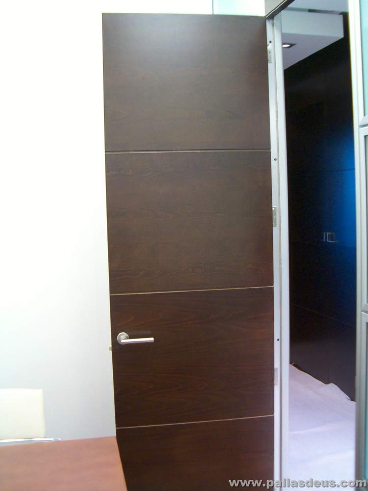 Color de puertas de interior colores para puertas de - Colores de puertas de madera interiores ...