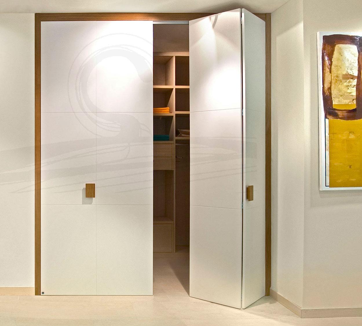 Puertas correderas a coru a puertas rototraslantes - Puertas plegables de aluminio ...